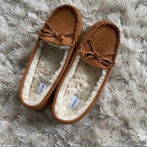 50% OFF TODAY! OLD NAVY MOCCASINS / SLIPPERS BROWM